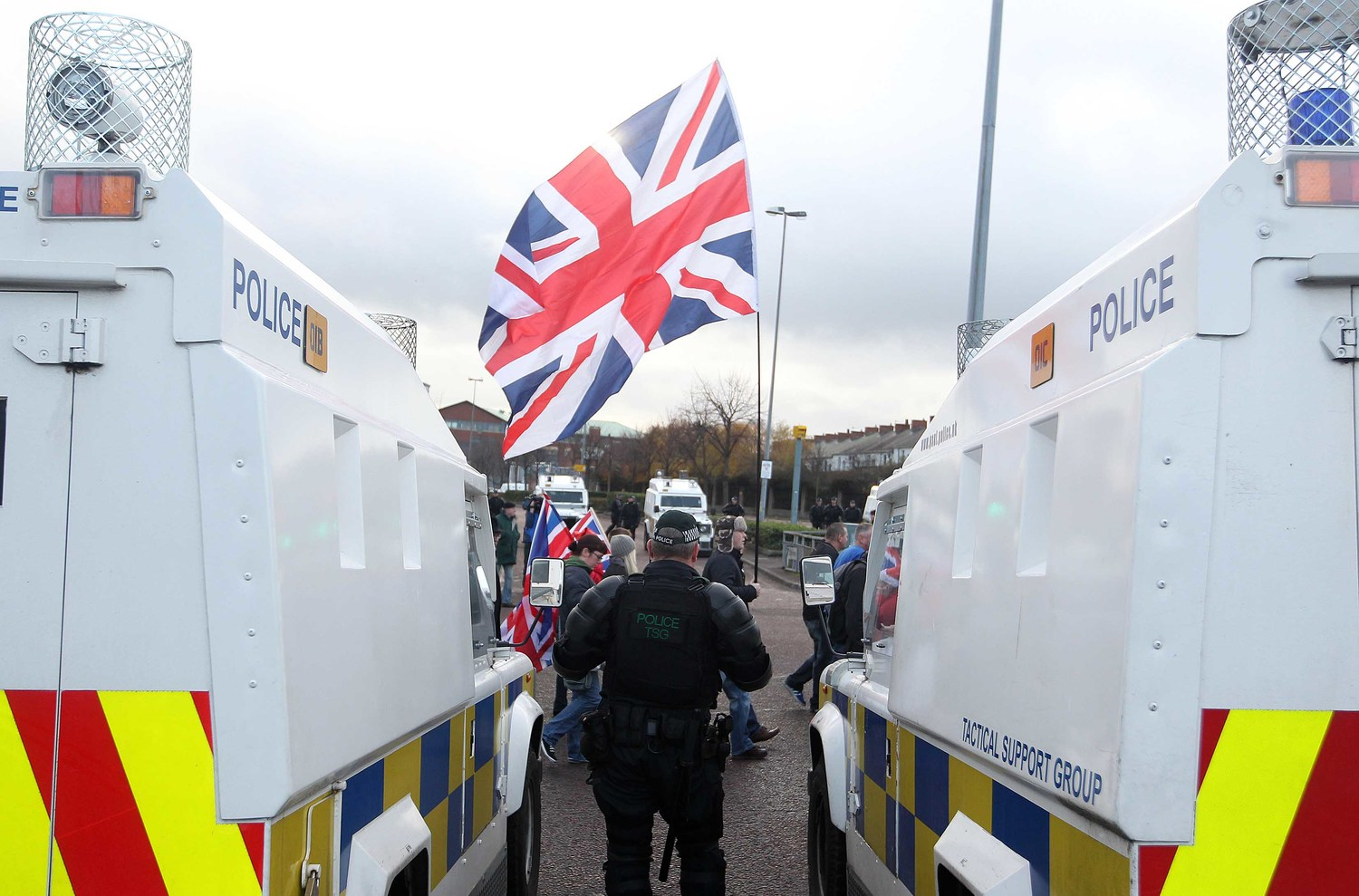 Policing the flag protest