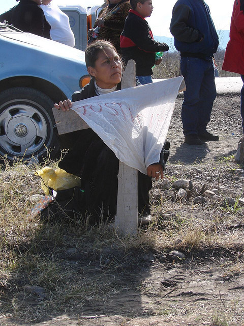 Relatives mourn 65 miners who died at Pasta de Conchos