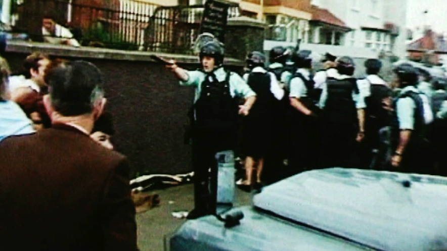 RUC clash with republicans in west Belfast